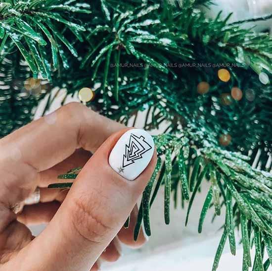 Новогодний маникюр с елочкой гель лак