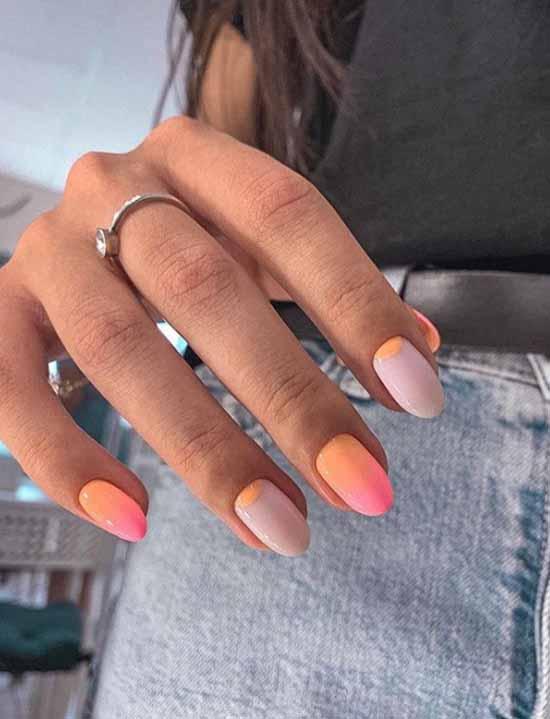 Матовый топ на ногтях