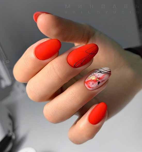 Красный маникюр и дизайн на одном ногте