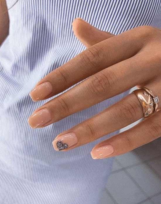 Сердечко в стиле геометрии на ногтях
