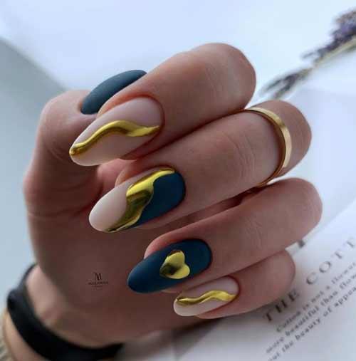 Золотое сердечко на ногтях дизайн втиркой