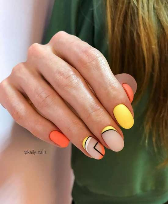 Оранжево-желтый маникюр с геометрией