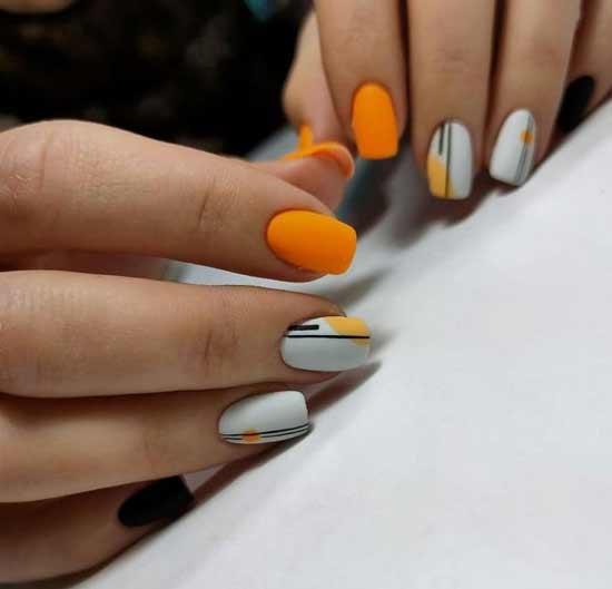 Оранжево-серый маникюр