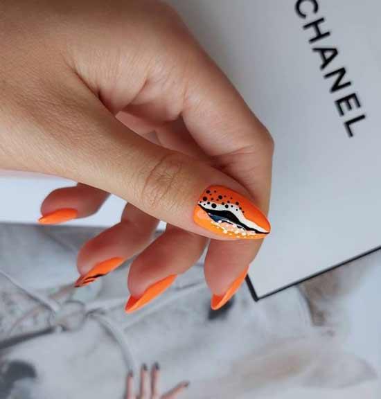 Длинные оранжевые яркие ногти