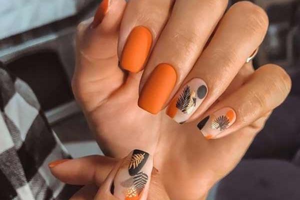 Фото примеры оранжевого маникюра