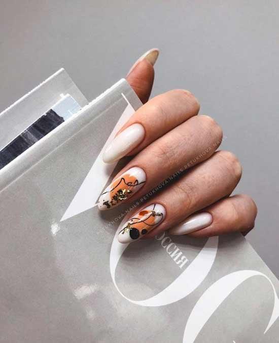 Длинные ногти оранжево-молочные
