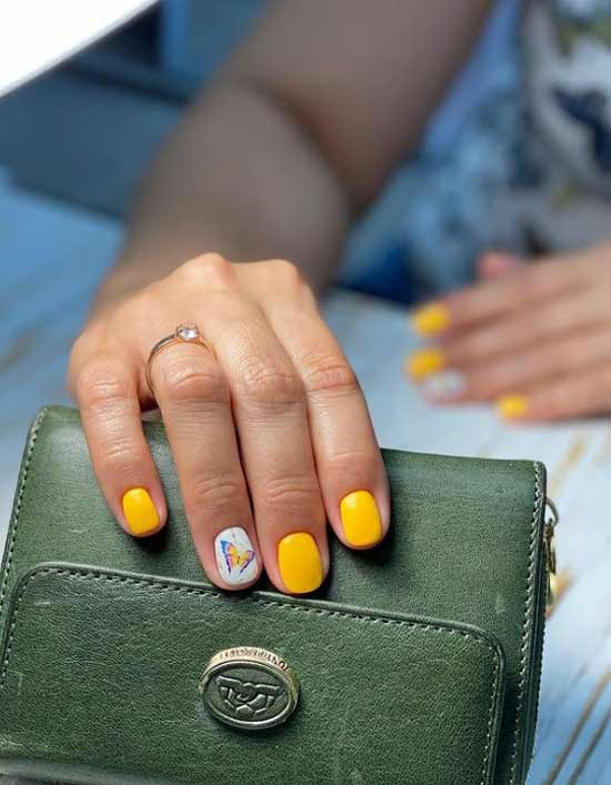 Желтый маникюр короткие ногти