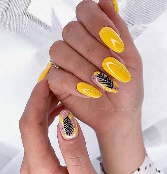 Желтый с черной веточкой