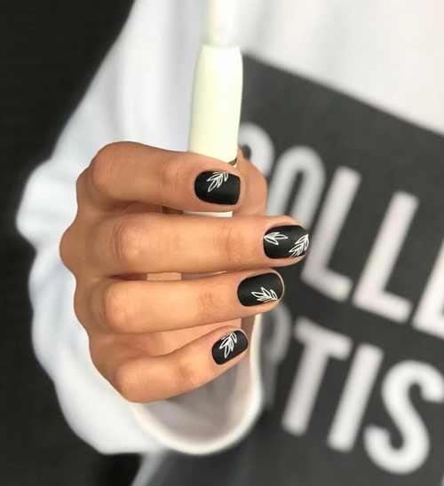 Короткий черный с белым нейл-арт