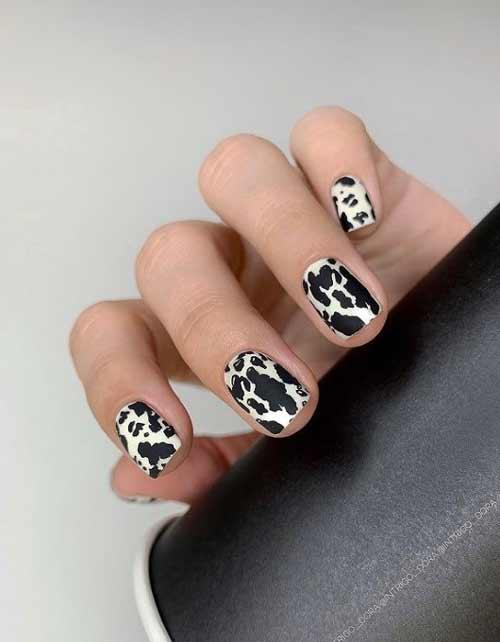 Черно-белый коровий принт на ногтях