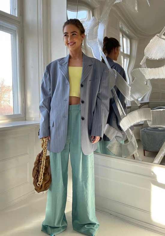 Модные образы с широкими брюками