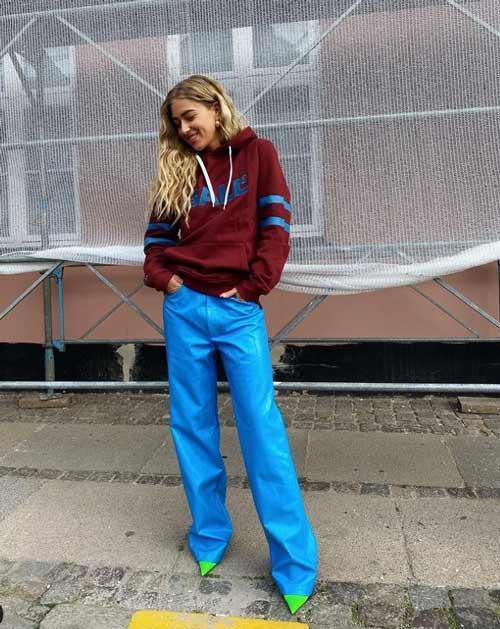 Яркие синие широкие брюки