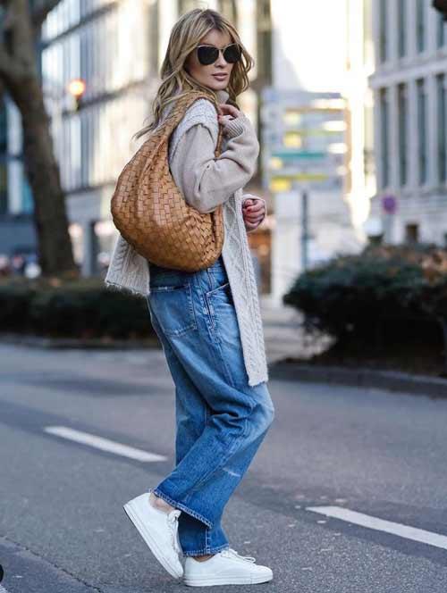 Образ с широкими джинсами