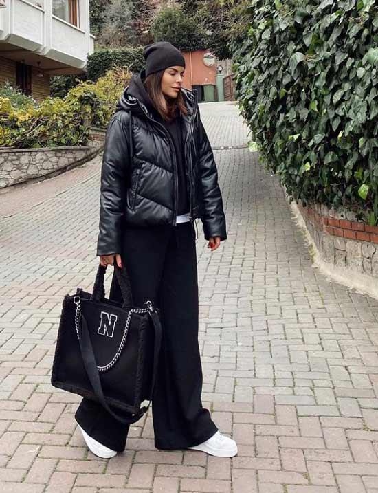 Образ с черными широкими брюками