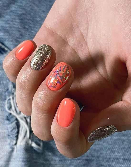 Модный оранжевый маникюр весна