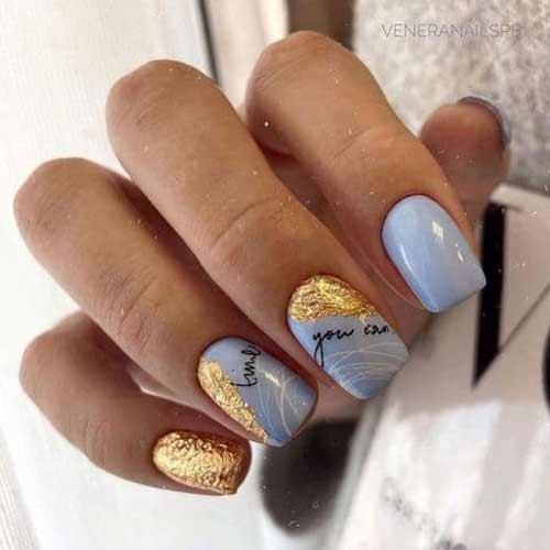 Голубой цвет ногтей и поталь