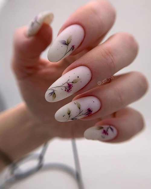 Пастельный маникюр длинные ногти с рисунком