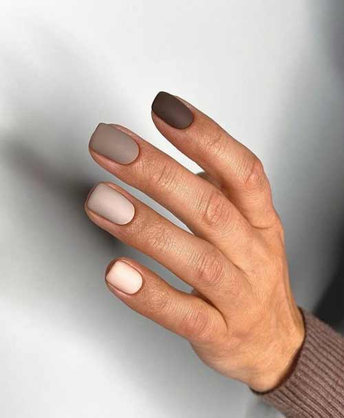 Светлые коричневый маникюр