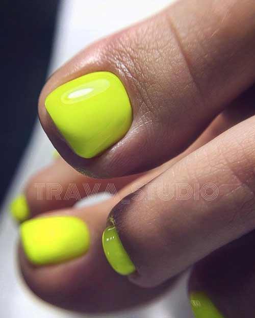 Неоново желто-зеленый педикюр