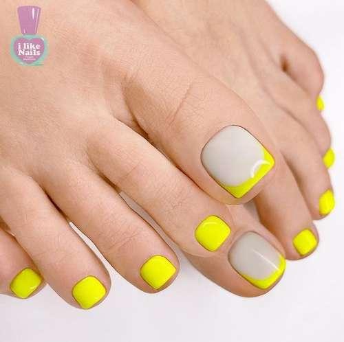 Яркий френч на ногтях