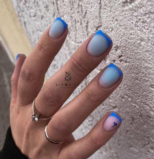 Голубой весенний френч