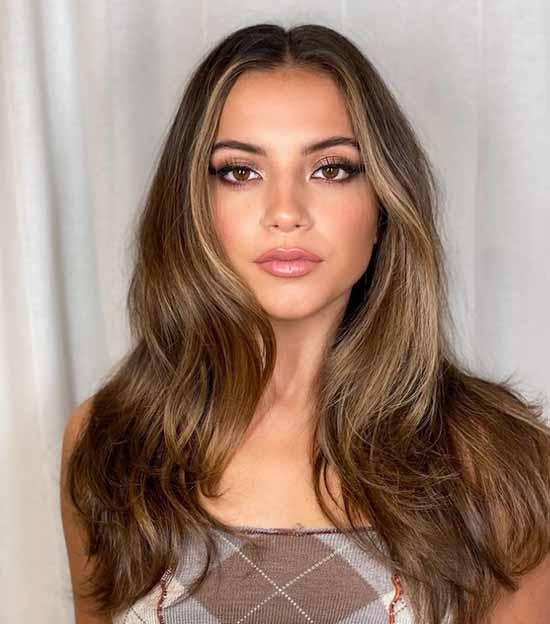 Фото модных стрижек на длинные волосы 2021