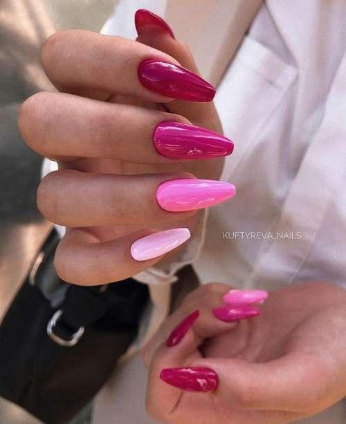 Красный с розовым маникюр