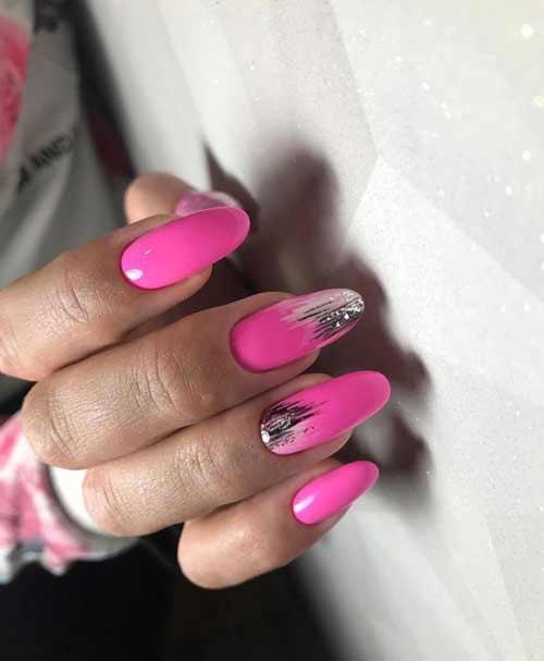 Неоновые розовые длинные ногти
