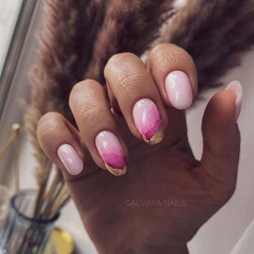 Розовый маникюр с фольгой фото