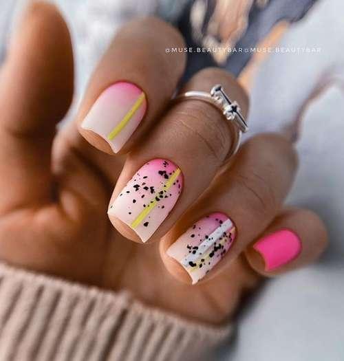 Молочно-розовый градиент на ногтях фото