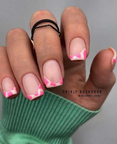 Цветной френч короткие ногти с рисунком