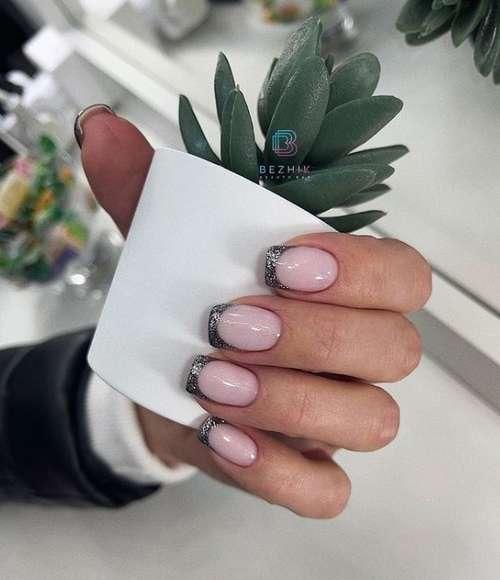 Цветной френч на короткие ногти: фото дизайн 2021, тренды