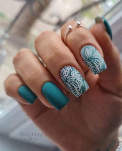 Зеленого цвета разводы на ногтях
