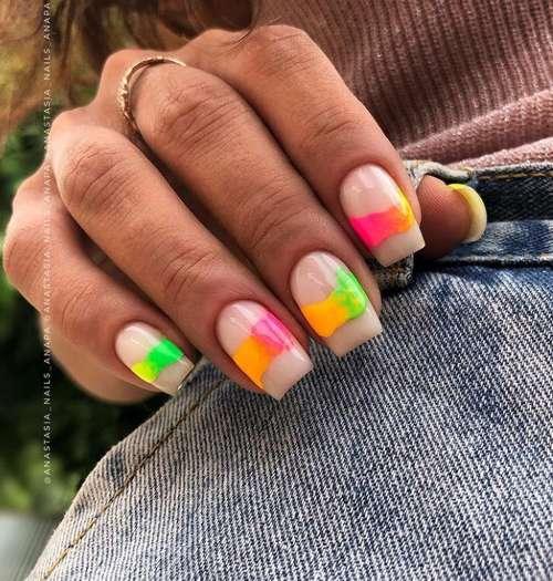 Неоновые разводы ногти