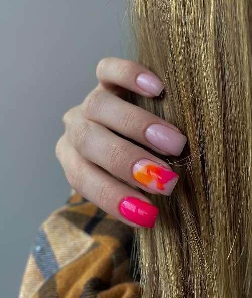 Маникюр с разводами 2021: дизайн ногтей, фото-новинки