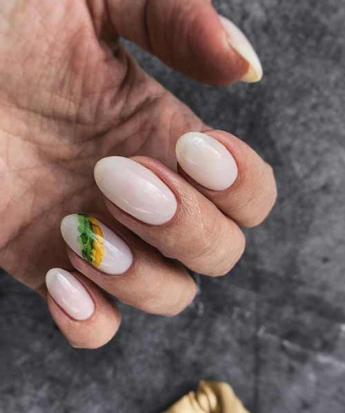 Нюдовые ногти с разводами
