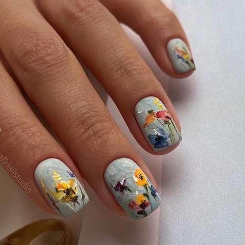 Маникюр с рисунком на короткие ногти фото