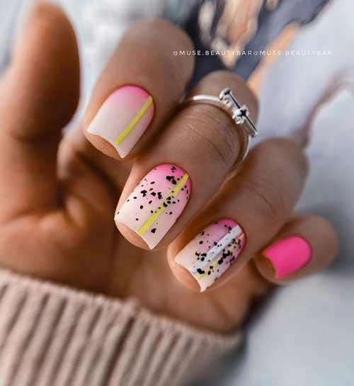 Градиент молочный на квадратных ногтях