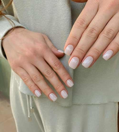 Молочные ногти без дизайна