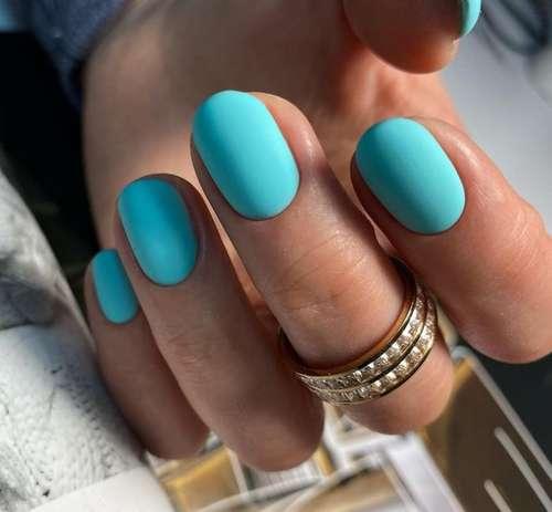 Матовый бирюза ногти
