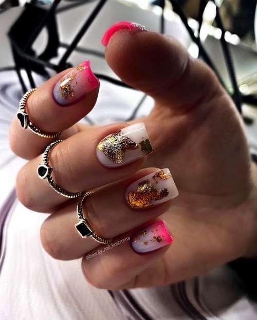 Яркие ногти с декором
