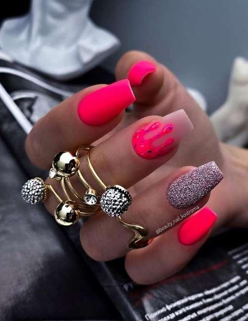 Матовые красные ногти