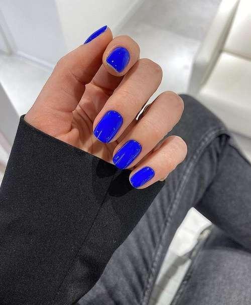 Яркий дизайн ногтей 2021: трендовые новинки маникюра