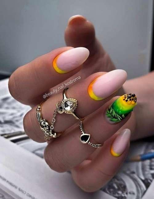 Лунный ногти в стиле радуга