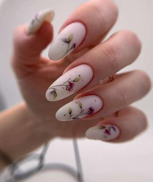 Маникюр с листьями длинные ногти