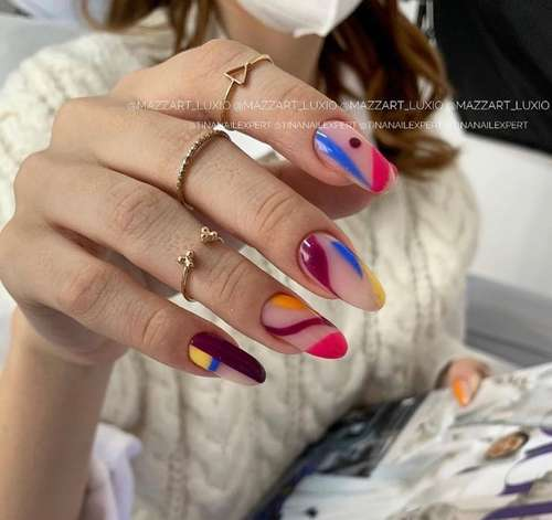 Разные дизайны ногтей: новый тренд 2021-2022, фото