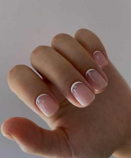 Обратный френч короткие ногти квадрат