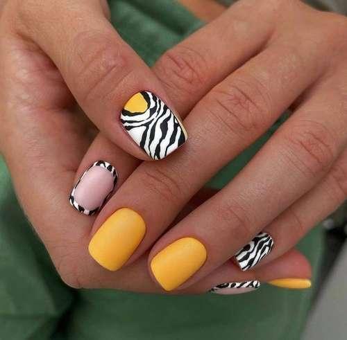Принт зебра ногти маникюр тренд