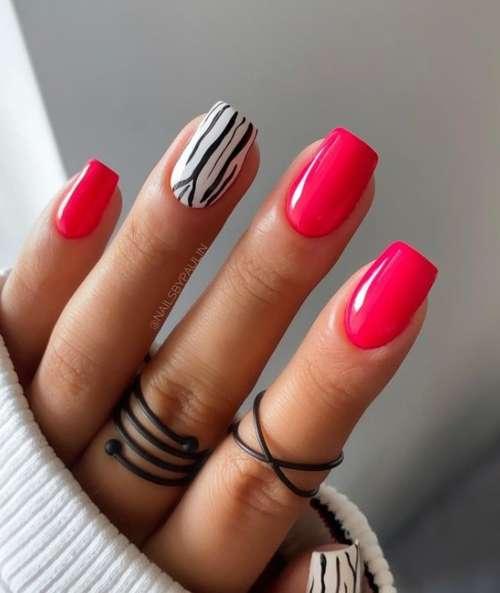 Рисунок на ногтях под зебру