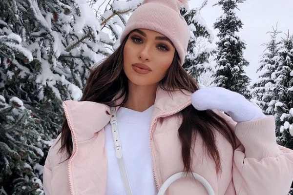 Женские модные пуховики зима